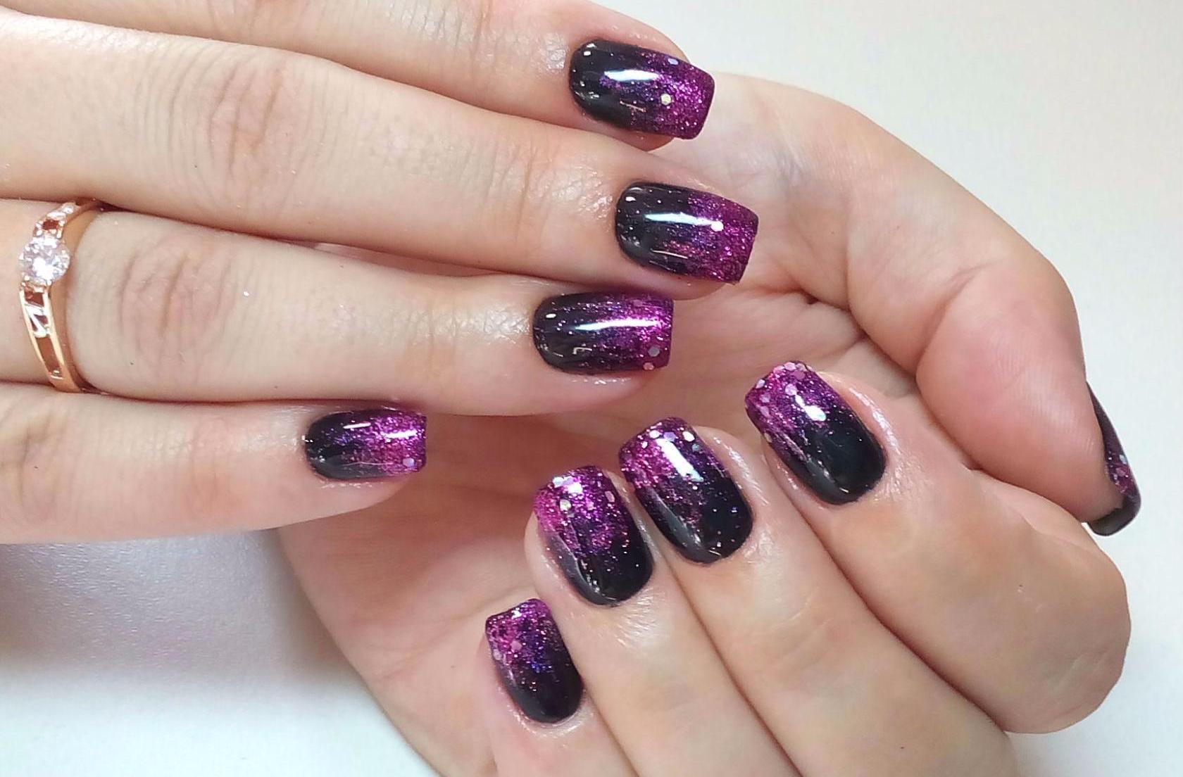 Двухцветный лак на ногтях фото