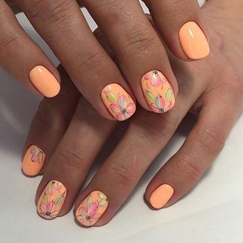 Идеальный дизайн ногтей для девушки, которая желает создать неповторимый образ в своей повседневной жизни.