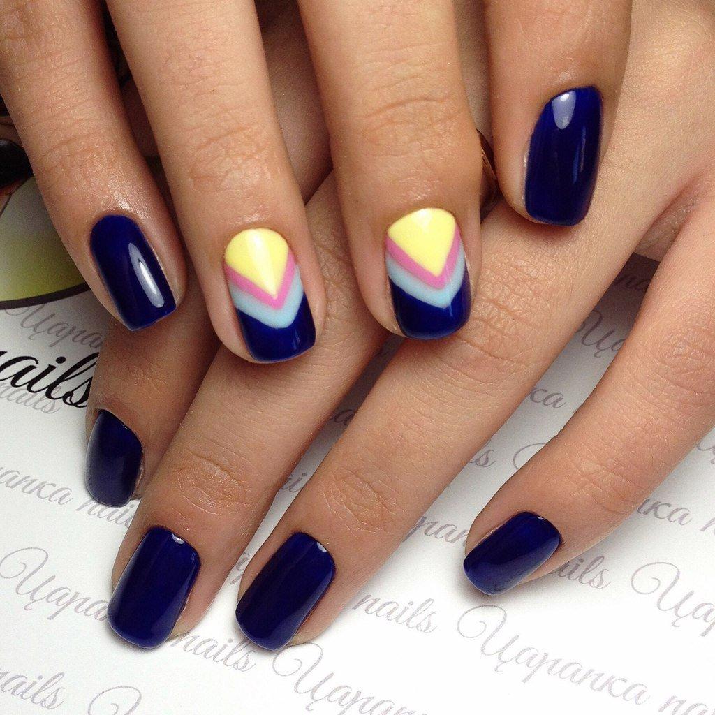 photo-manicure-short-nails