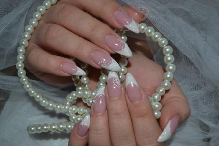idei-svadebnogo-manikyura-27
