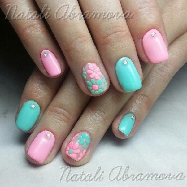 Розово зеленый дизайн ногтей