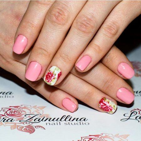 manikyur-s-rozoj