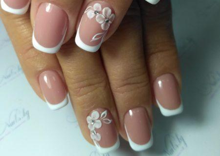 Дизайн ногтей цветок на весь ноготь фото французский маникюр