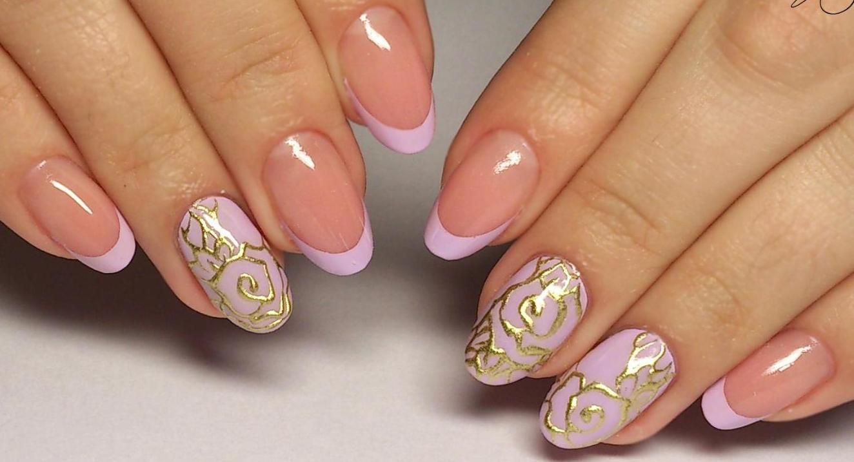 Маникюр белые цветы на ногтях 28