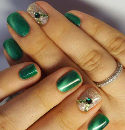 Маникюр гель -лак на натуральных ногтях с дизайном