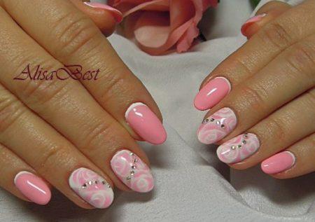 Розовый дизайн ногтей весна - лето