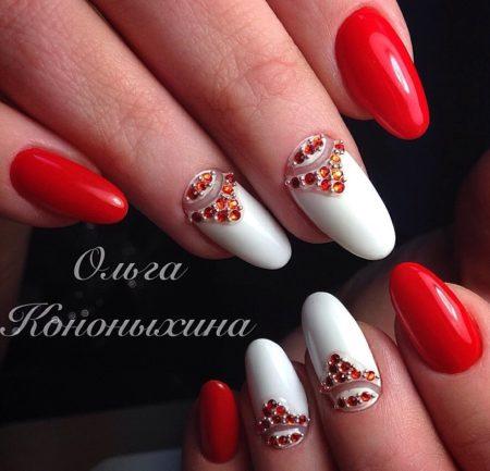 Красный модный маникюр-49 фото дизайна ногтей