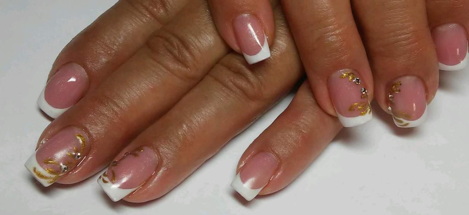 Фото белый френч на квадратные ногти