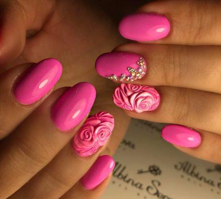 Модный дизайн ногтей фото розового маникюра