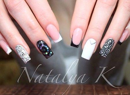 Модный дизайн на квадратные ногти