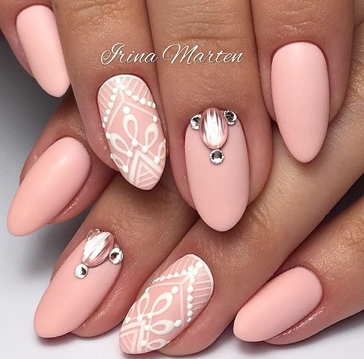 Стильные дизайны ногтей