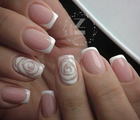 французский маникюр на короткие ногти с дизайном