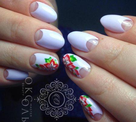 Лунный маникюр на короткие ногти с цветами