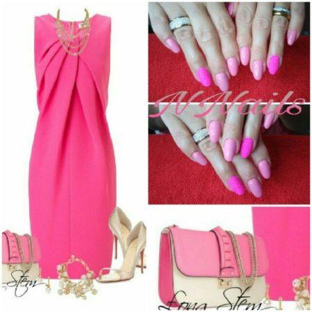 Идея стильного модного розового маникюра с красивым дизайном