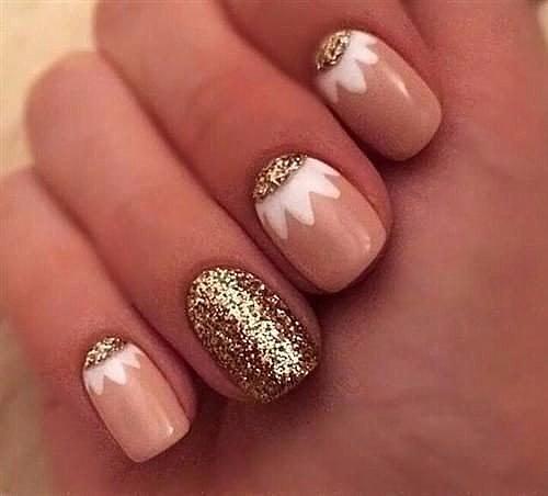 Гель лак на свои ногти с праздничным дизайном фото
