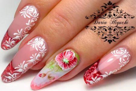 Модный красный френч красивое оформление дизайна узорами и цветами