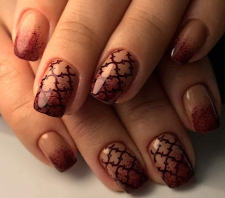 Эффектный ногтевой дизайн на короткие квадратные ногти