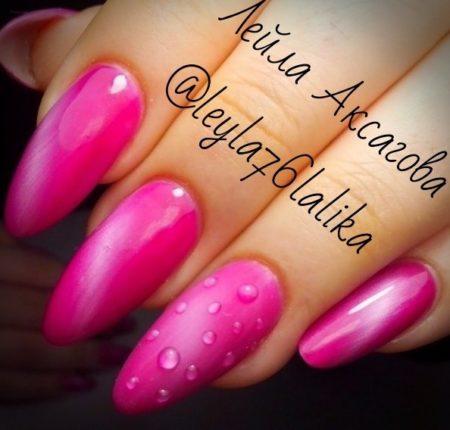Розовый эффектный ногтевой дизайн весна -лето
