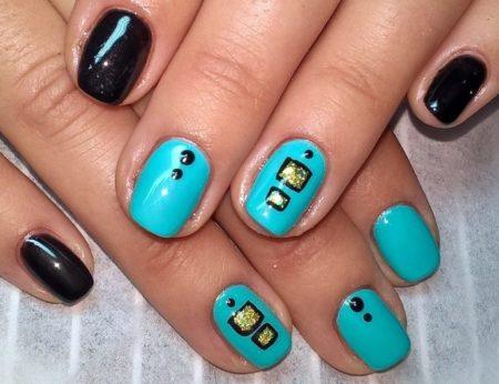 Сине - черный маникюр на короткие квадратные ногти