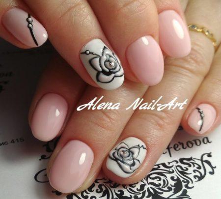 Розовый маникюр на короткие ногти с дизайном