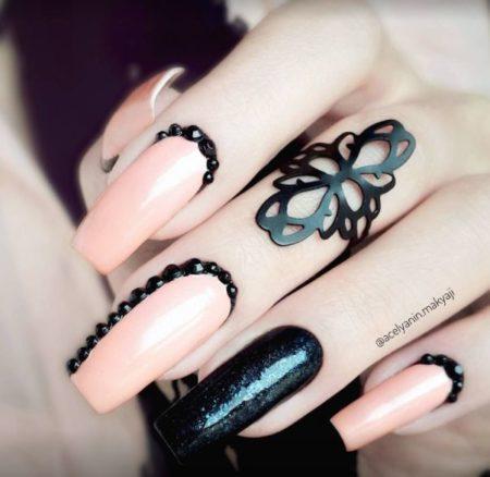 Дизайн ногтей стразы фото красивого маникюра