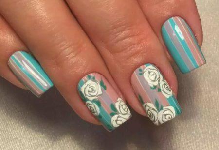 Дизайн ногтей цветы и полоски фото красивого маникюра