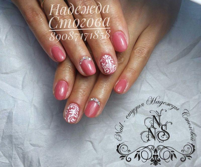 Фото дизайна ногтей с лепкой