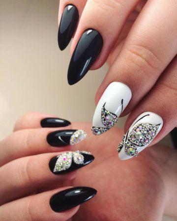 бабочки на ногтях стразы