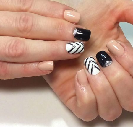 manicure-short-nails-80