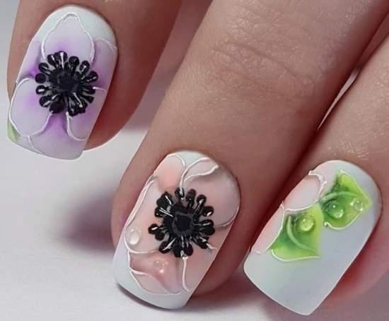 маникюр с красивыми цветами
