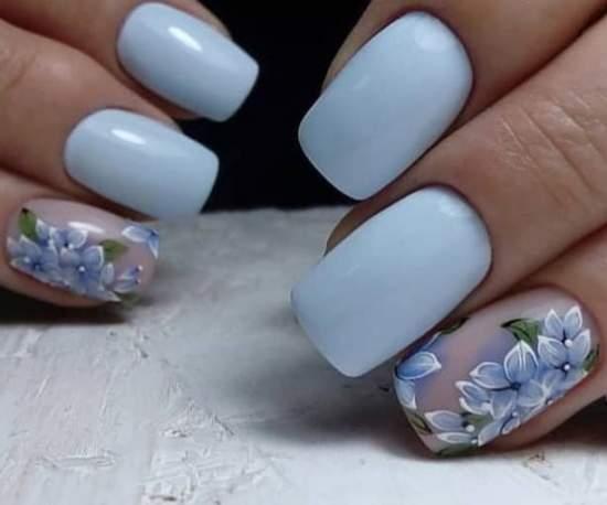 Нежнейший дизайн, выполненный в голубых тонах, с цветами