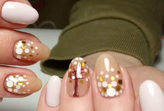 дерево из камифубуков на ногтях