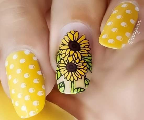 manikyur-na-leto-12 Очень красивый дизайн ногтей - 453 фото шикарного маникюра