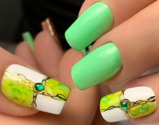 manikyur-na-leto-8 Очень красивый дизайн ногтей - 453 фото шикарного маникюра
