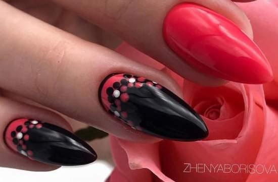 яркий красно-черный маникюр с точками