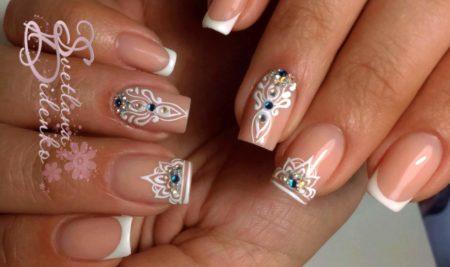 Френч на квадратные ногти с дизайном