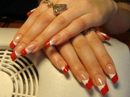 Френч-фото оригинального дизайна скошенных ногтей