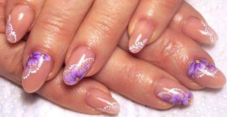 Модный дизайн ногтей со стразами - 100 фото идей