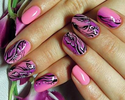 Модный дизайн ногтей с блестками