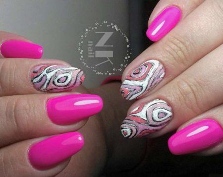Эффектный розовый маникюр с объемным дизайном