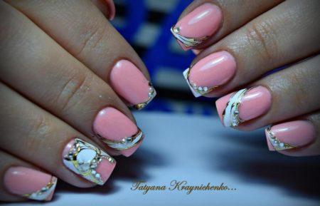 Розовый маникюр шикарный двухцветный дизайн на короткие ногти