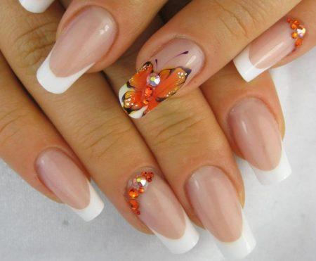 Дизайн ногтей фото новинок нейл - арта френч с бабочкой