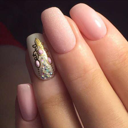 Летний нежный дизайн ногтей 2017