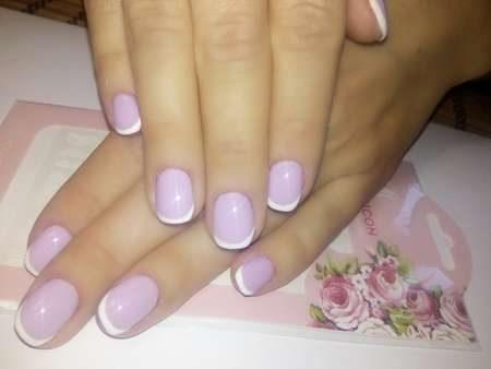 Нежно-сиреневый дизайн ногтей