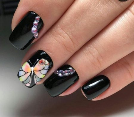 Рисуем бабочек на ногтях: пошаговый видео-урок и фото красивого маникюра с бабочками