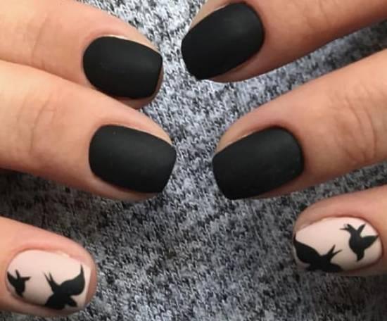 птицы на ногтях