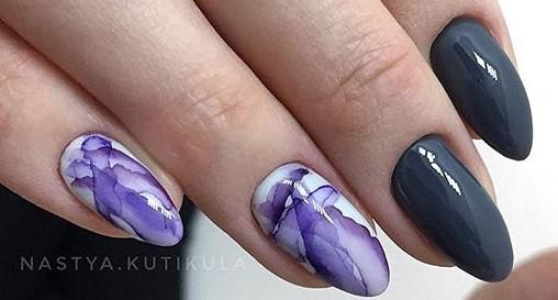 красивая акварель на ногтях абстрактный дизайн
