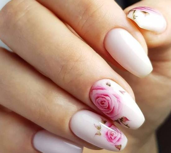 красивый акварельный маникюр рисунки роз