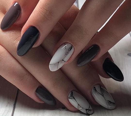 на ногтях мраморный дизайн