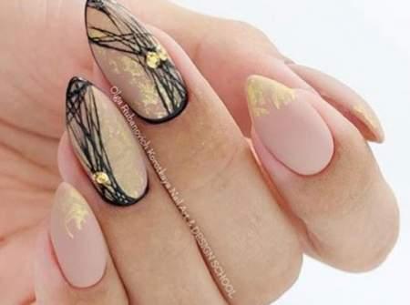 красивые ногти с паутинкой